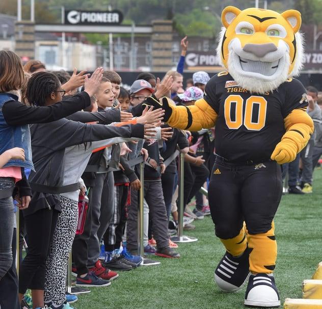 Stripes, the Hamilton Tiger Cats Custom Mascot gets kids involved
