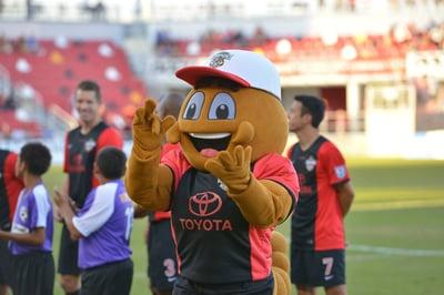 San Antonio Scorpion Mascot at Game